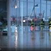 VIDEO! Voda z polí zatopila autosalon v Olomouci
