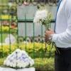Každá druhá pohřební služba porušuje právní předpisy