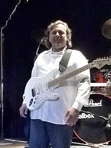 kytarista Michal Pavlíček zdroj foto:wik.