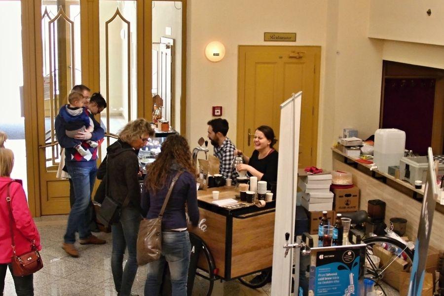 Dny kávy v Šumperku - závěr v divadle foto: sumpersko.net