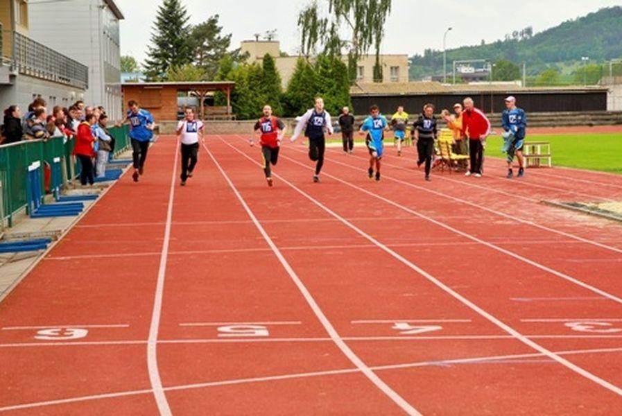 sportovci se zdravotním handicatem závodili v Šumperku zdroj DDM Paprsek