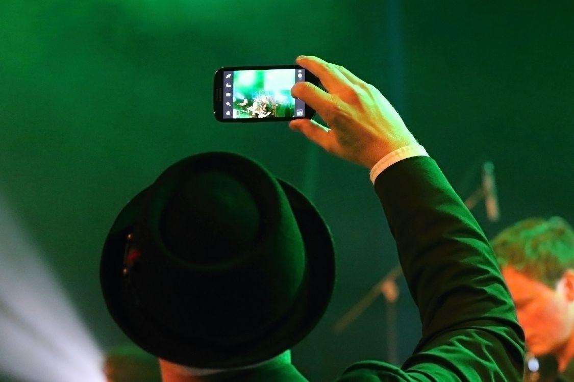 nadšení diváci - Blues Alive 2014 zdroj foto: archiv
