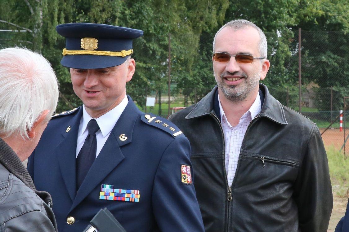 krajský ředitel Hasičského záchranného sboru Karel Kolářík a poslanec Roman Váňa foto: sumpersko.net