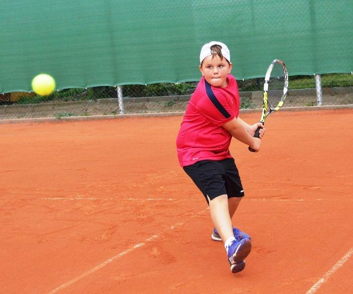Olomouc - Nový svět - zrekonstruovaný tenisový dvorec zdroj foto: V. Sobol
