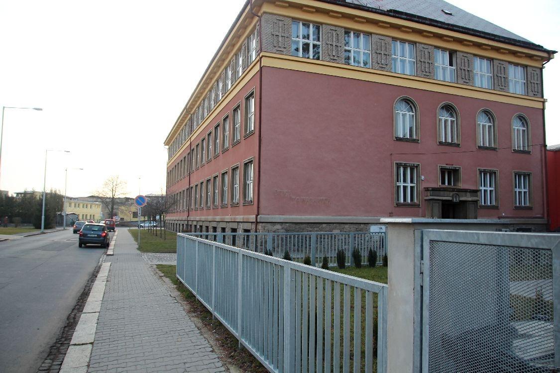 Šumperk - budova Masarykovy školy foto. sumpersko.net