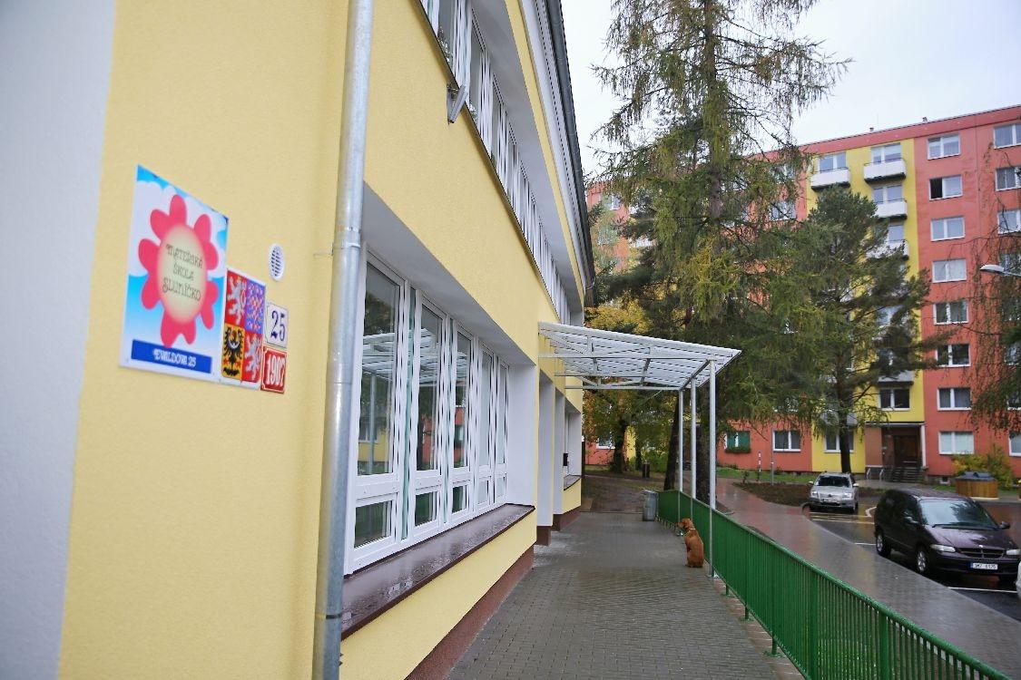 Šumperk - MŠ Evaldova - slavností předání foto: sumpersko.net