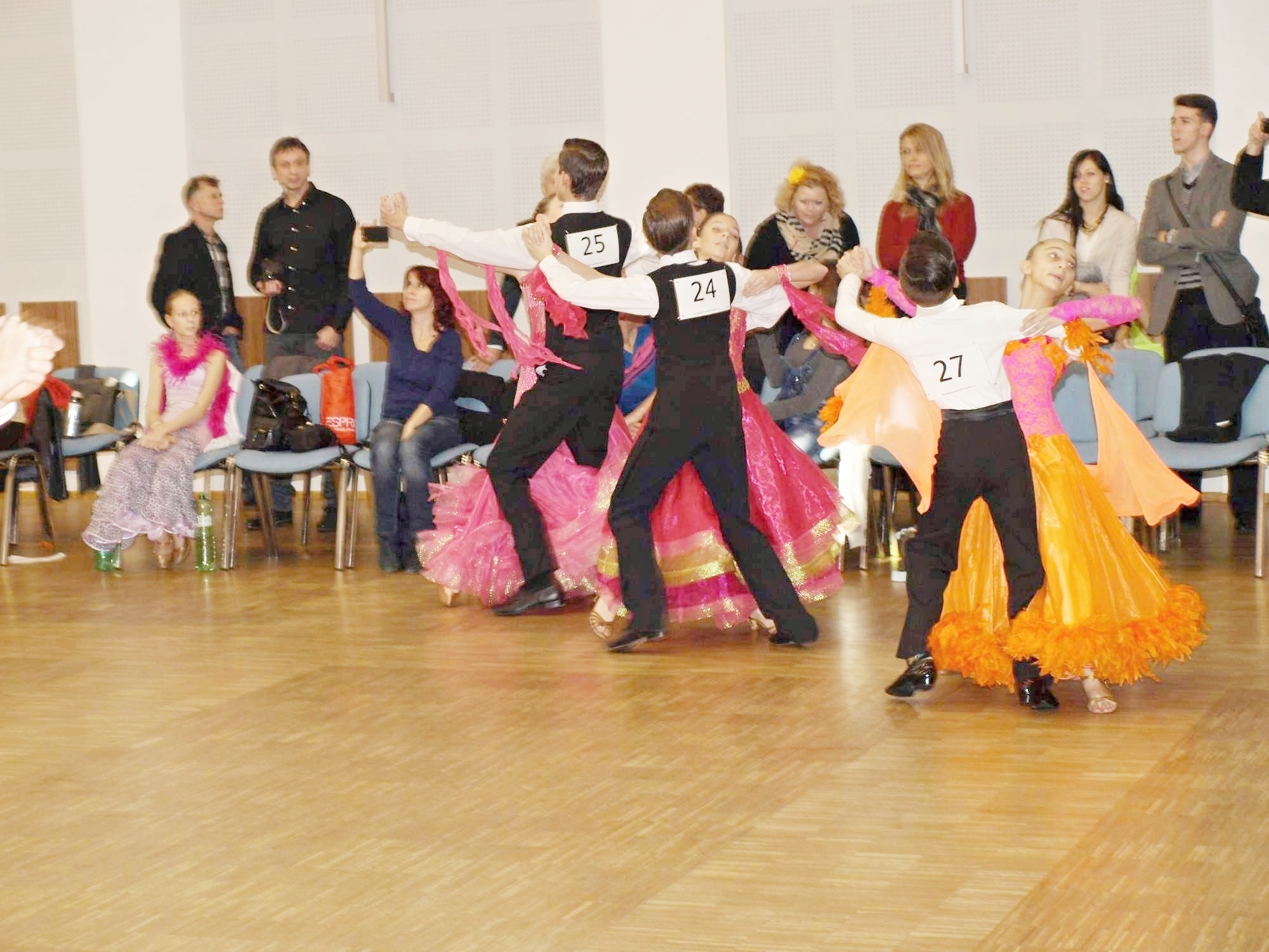 Rapotín - Mezinárodní soutěž ve společenském tanci zdroj foto: Klub NEXT