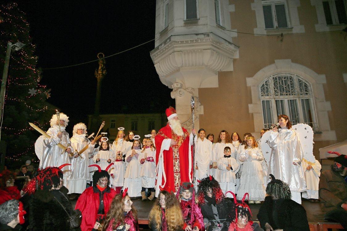 Mikulášský průvod v Šumperku foto: sumpersko.net