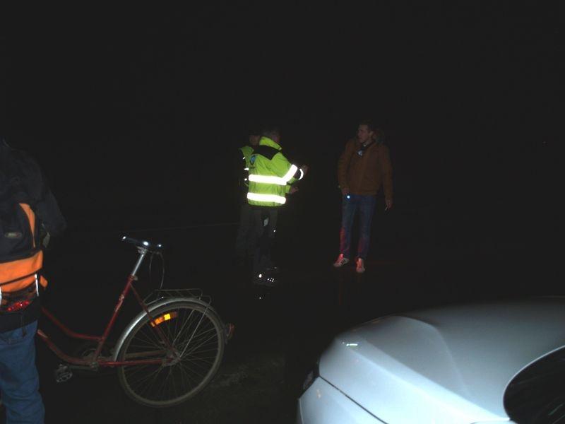kontroly chodců a cyklistů mezi Sudkovem a Postřelmovem zdroj foto: PČR