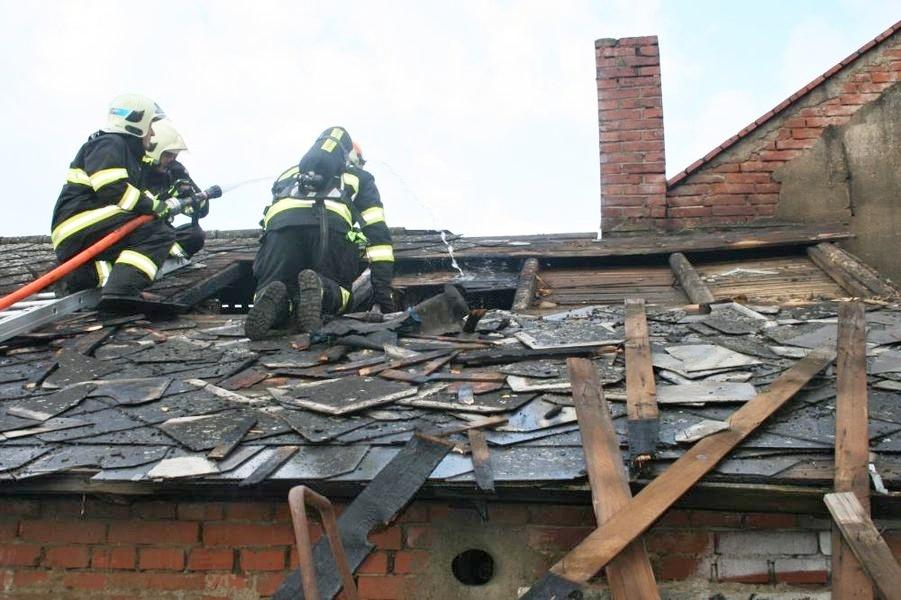 Olomoucko - požár udírmy zdroj foto: ZS OLK