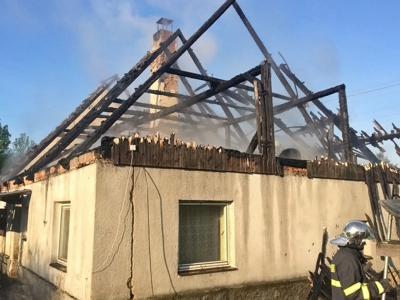 Stará Červená Voda - požár rodinného domku zdroj foto: HZS Olk.
