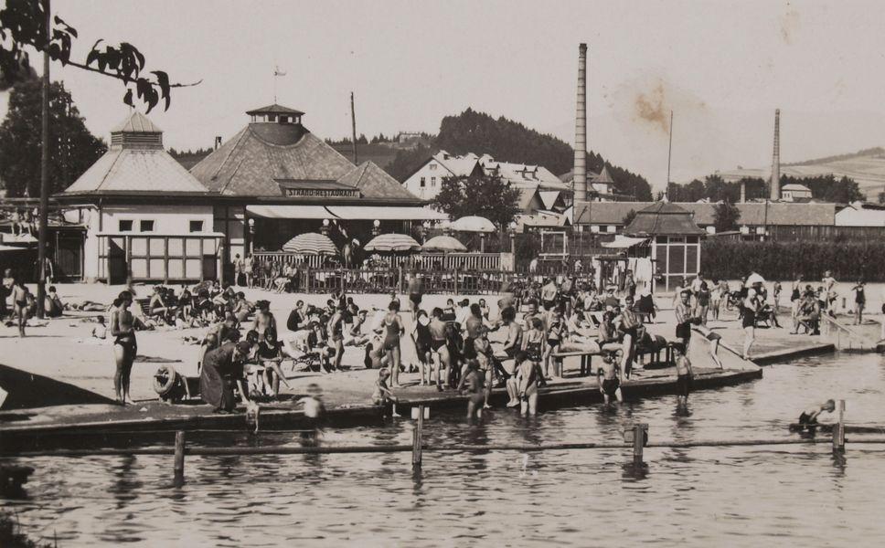 Šumperk koupaliště Benátky, pohled na pláž a restauraci, 1. polovina 40. let 20. století zdroj foto: VMŠ