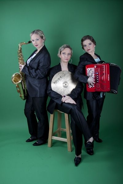 trio Esprit ve složení Markéta Mazourová, Petra Červinková a Eliška Hurábová zdroj foto: dk
