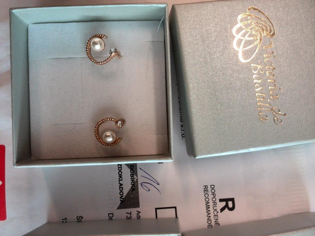 falešné diamanty zdroj foto: čoi