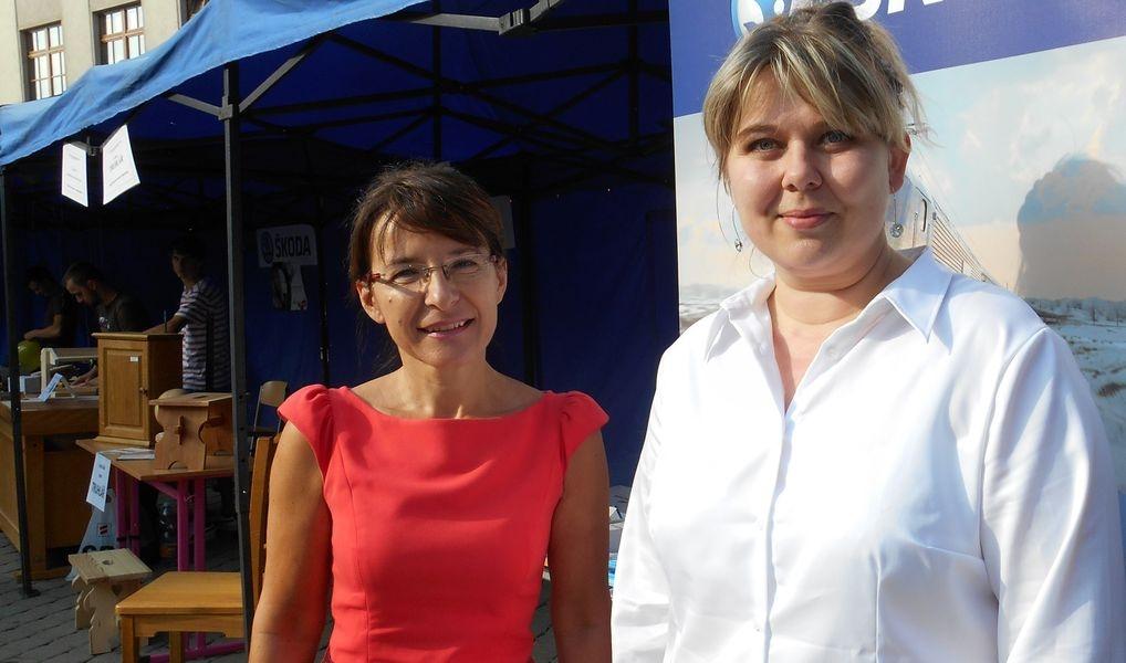 Den řemesel v Šumperku - Irena Jonová a Lucie Novotná zdroj foto: V. Krejčí