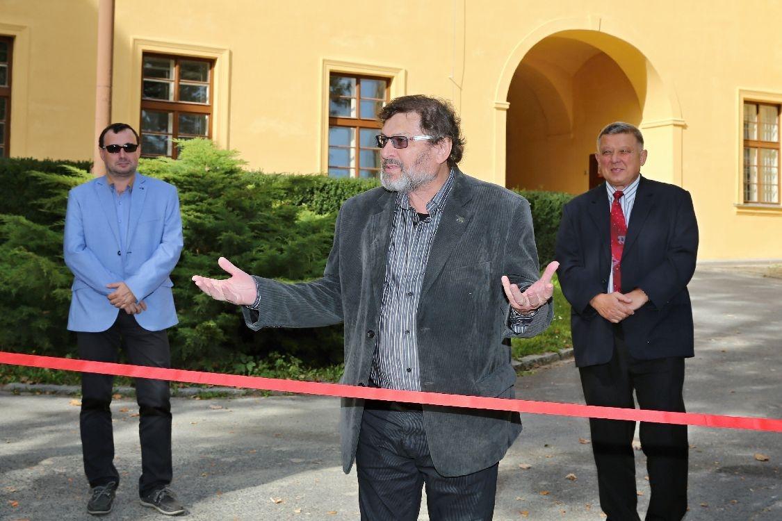 Slavnostní otevření zrekonstruované školní budovy na Bulharské ulici v Šumperku - místostarosta Jan Přichystal foto: sumpersko.net