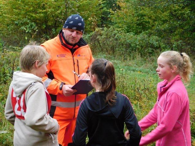 Jeseník - branný závod Táhneme za jeden provaz zdroj foto: PČR