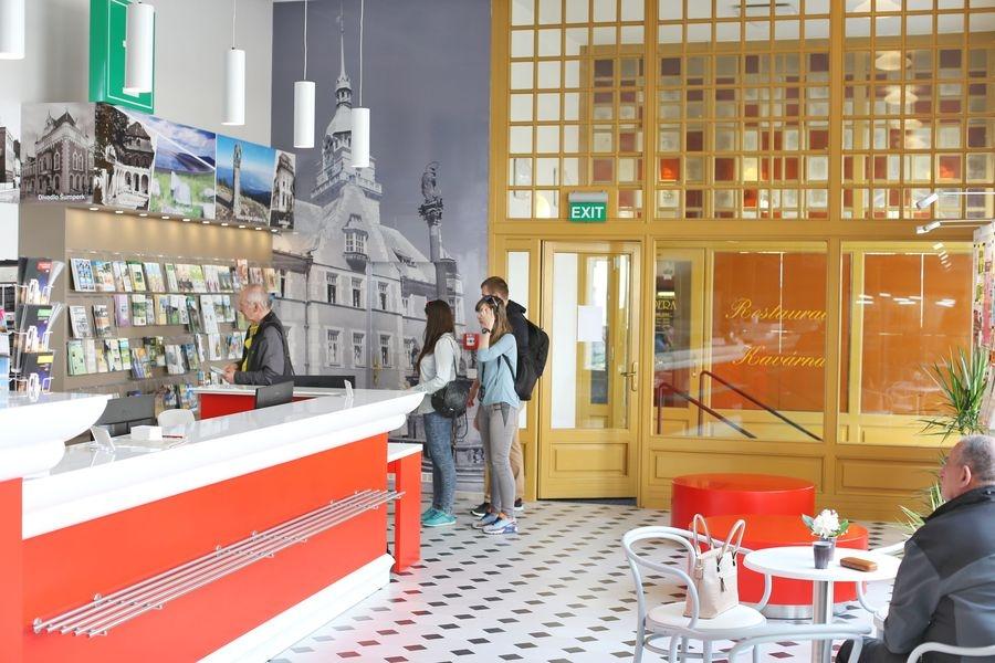 Šumperk - informační centrum v budově divadla zdroj foto: sumpersko.net