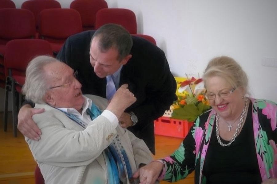 univ. prof. dr. Viktor Dostal s manželkou zdroj foto: mus
