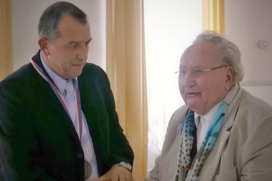 univ. prof. dr. Viktor Dostal se starostou Zdeňkem Brožem zdroj foto: mus