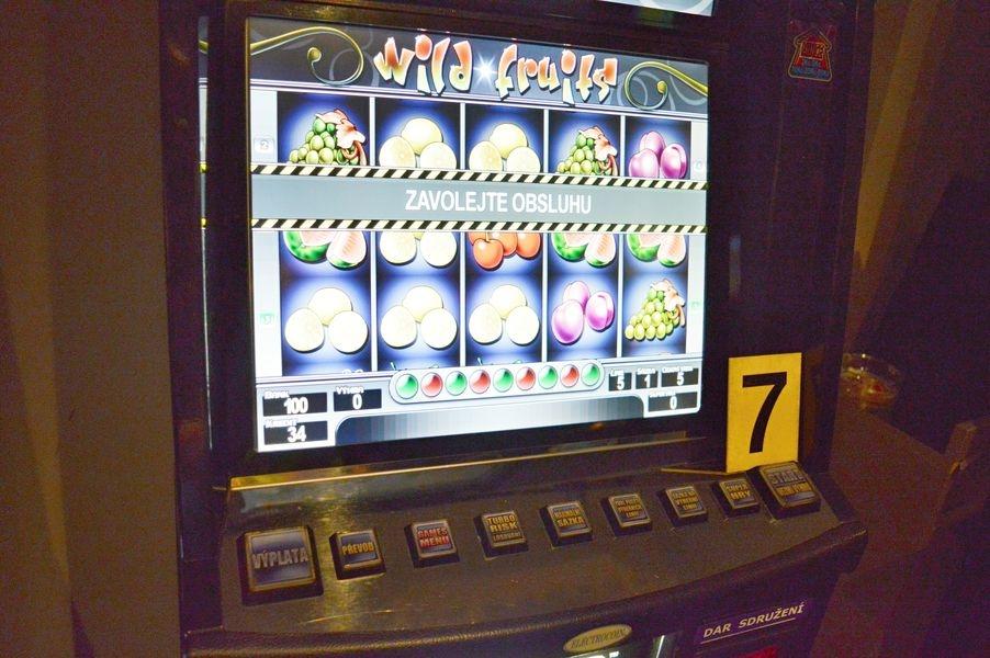 Kontrolní akce Celní správy zaměřená na nelegální provozování hazardních her s krycím názvem MAT zdroj foto: MF