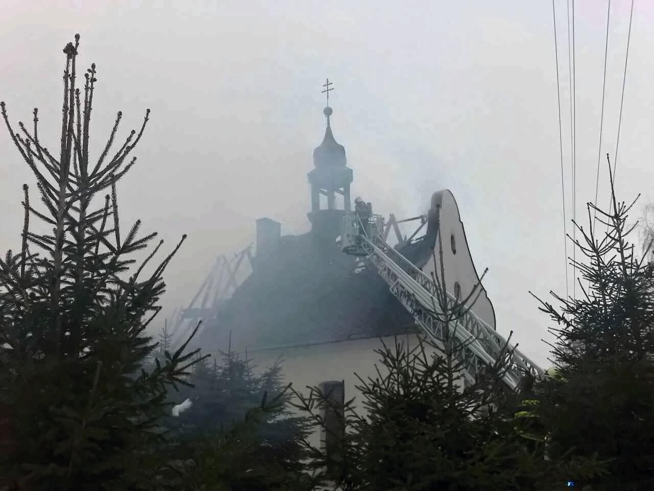 likvidace požáru v obci Malá Morava – místní část Sklené zdroj foto: HZS Olk