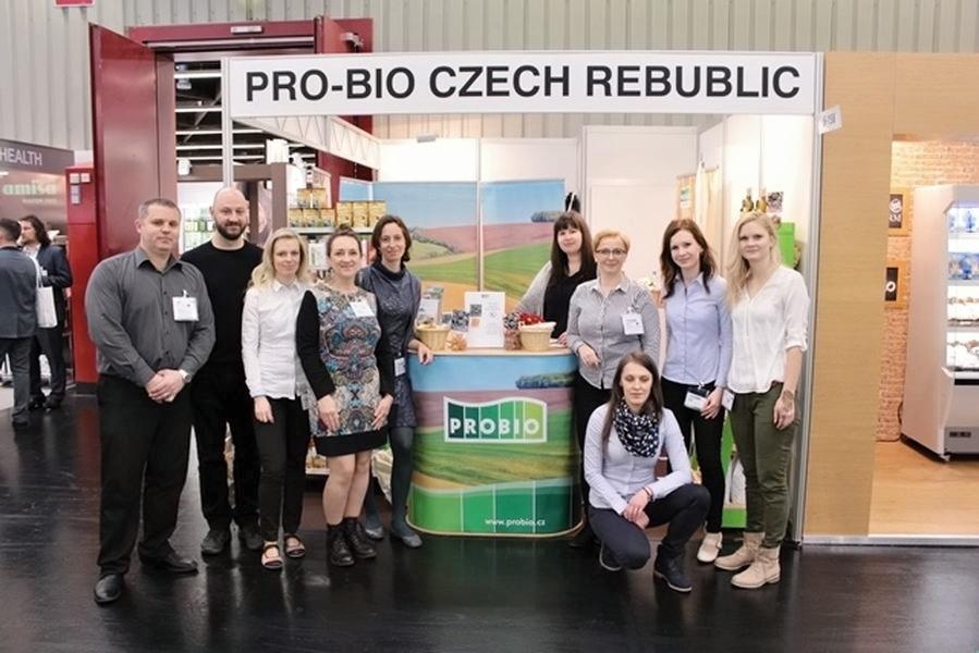 tým PRO-BIO na veletrhu zdroj foto: B. Hernychová