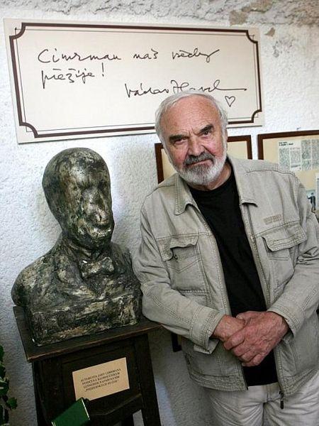 Půlstoletí s Cimrmanem (výstava v Praze) zdroj foto: VMŠ