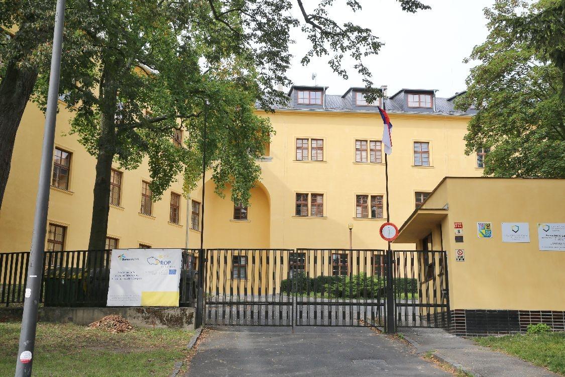 Střední škola železniční, technická a služeb v Šumperku foto: sumpersko.net