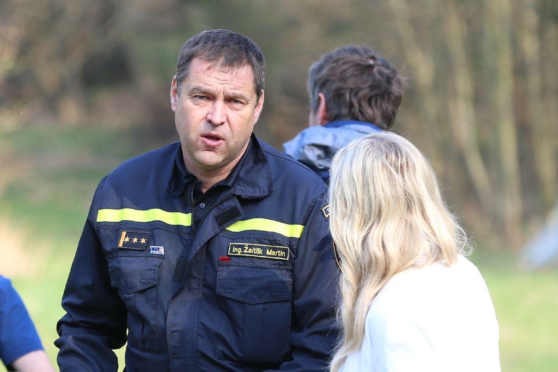 Šumperk - hasiči testovali v areálu Sanatorky novou techniku - plk. Ing. Martin Žaitlik foto: šumpersko.net