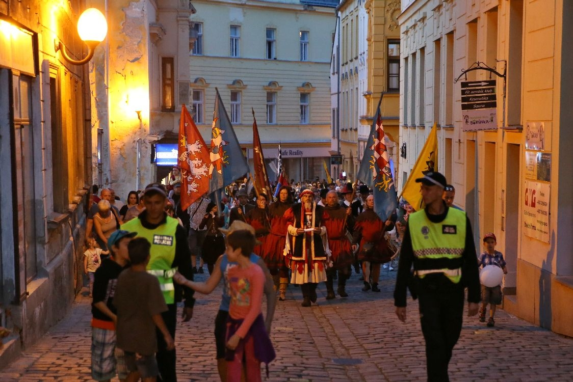 Slavnosti města Šumperka - večerní průvod foto: šumpersko.net - M. Jeřábek