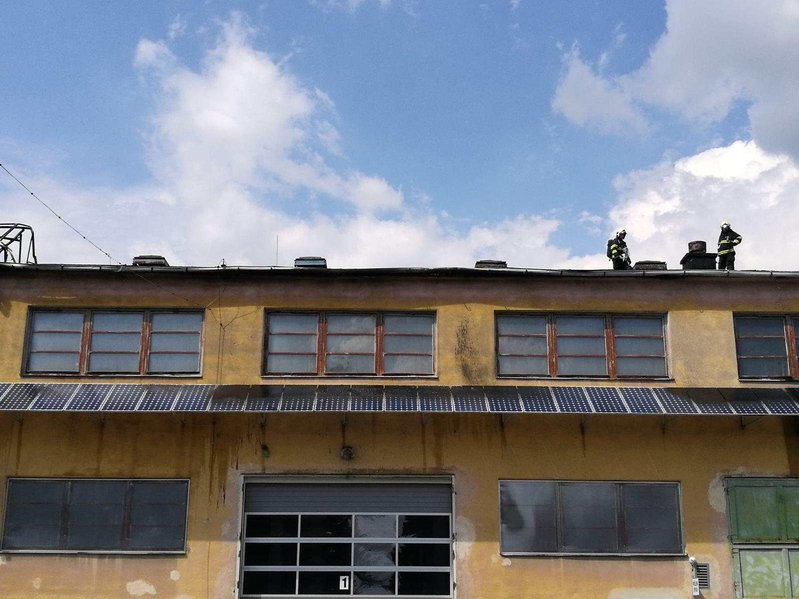 Olomouc - likvidace požáru v průmyslové části zdroj foto: HZS Olk