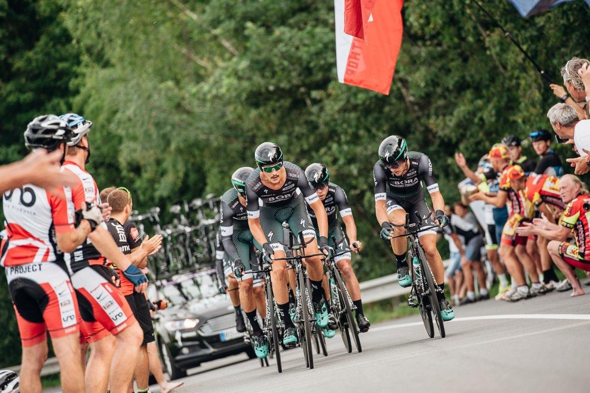 V úvodní týmové časovce Czech Cycling Tour zvítězil tým Elkov Author zdroj foto: OLK - Brychta Jan CCT