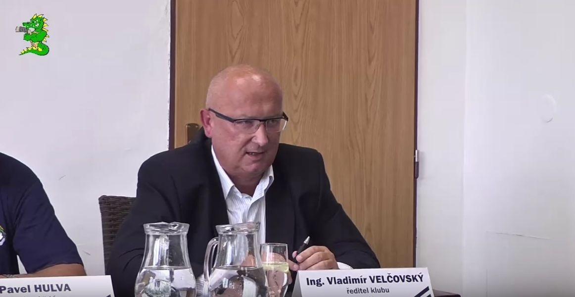 tisková konference - ředitel hokejového klubu Vladimír Velčovský zdroj foto: Draci Šumperk
