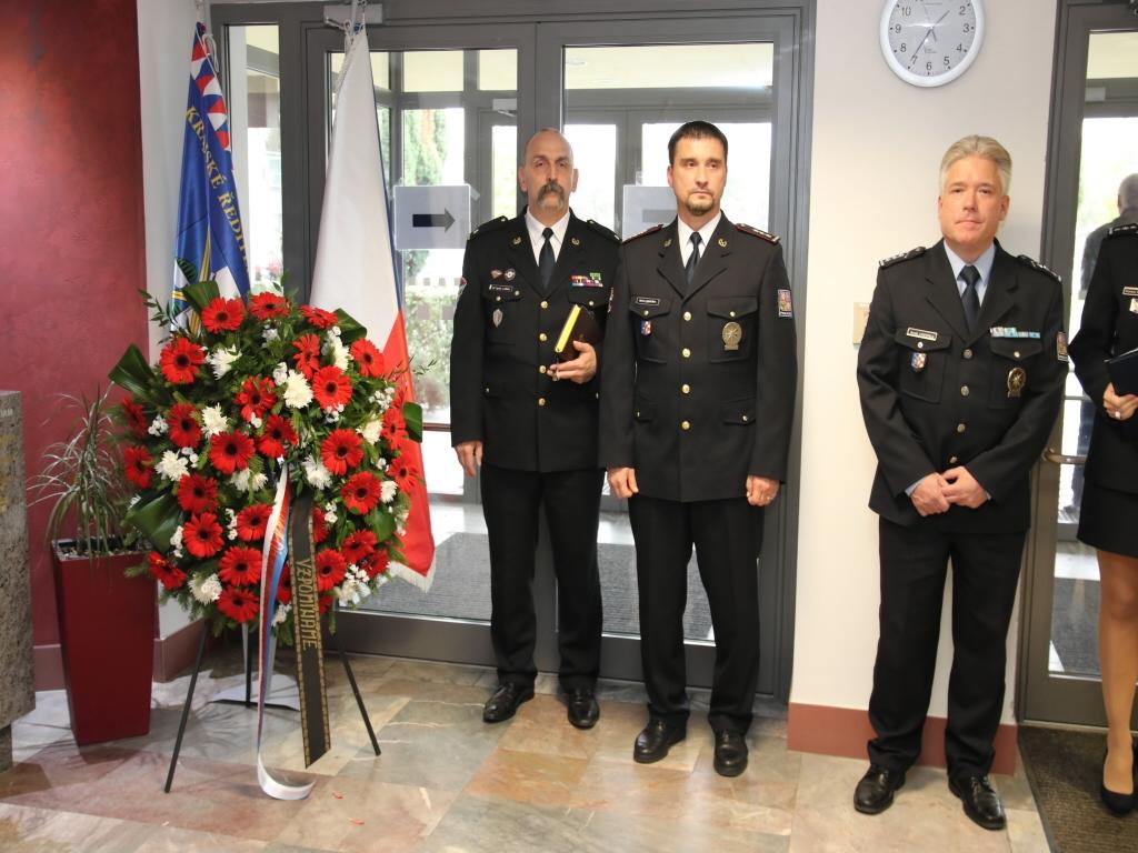 Policisté a pozůstalí uctili památku zesnulých policistů Olomouckého kraje zdroj foto: PČR