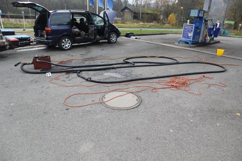 Šumpersko - krádež nafty na čerpací stanici zdroj foto: PČR