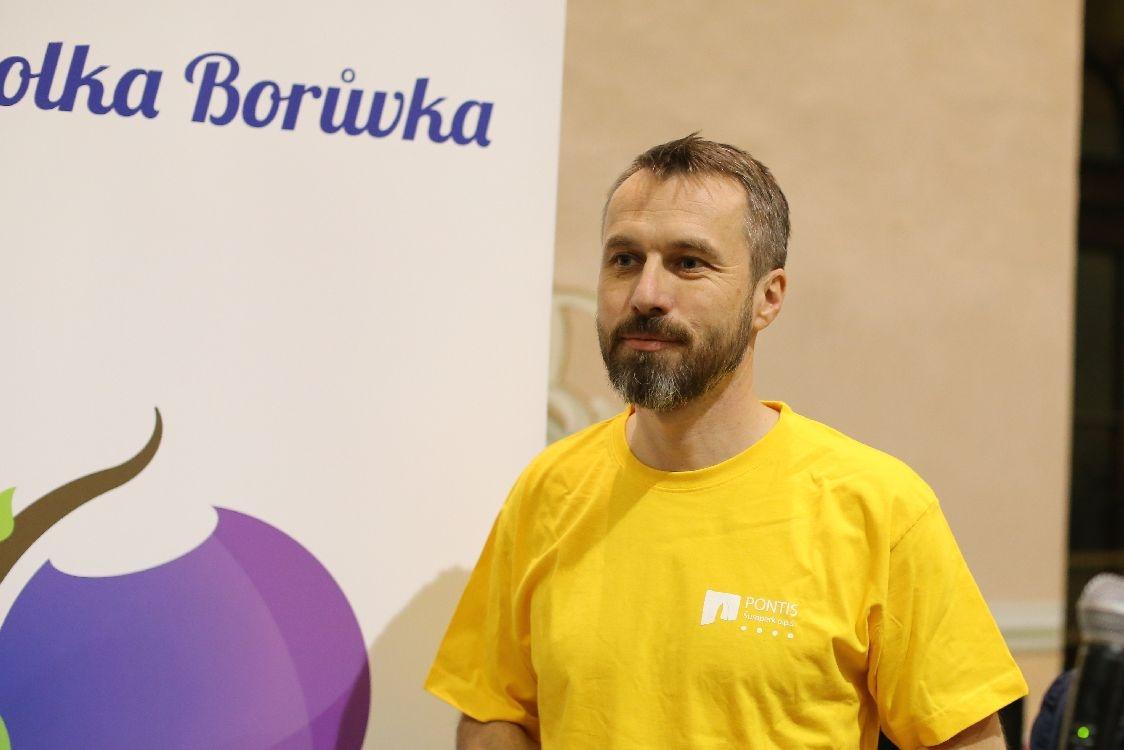 Miroslav Adámek při loňské předvánoční akci Pontisu zdroj foto: archiv šumpersko.net