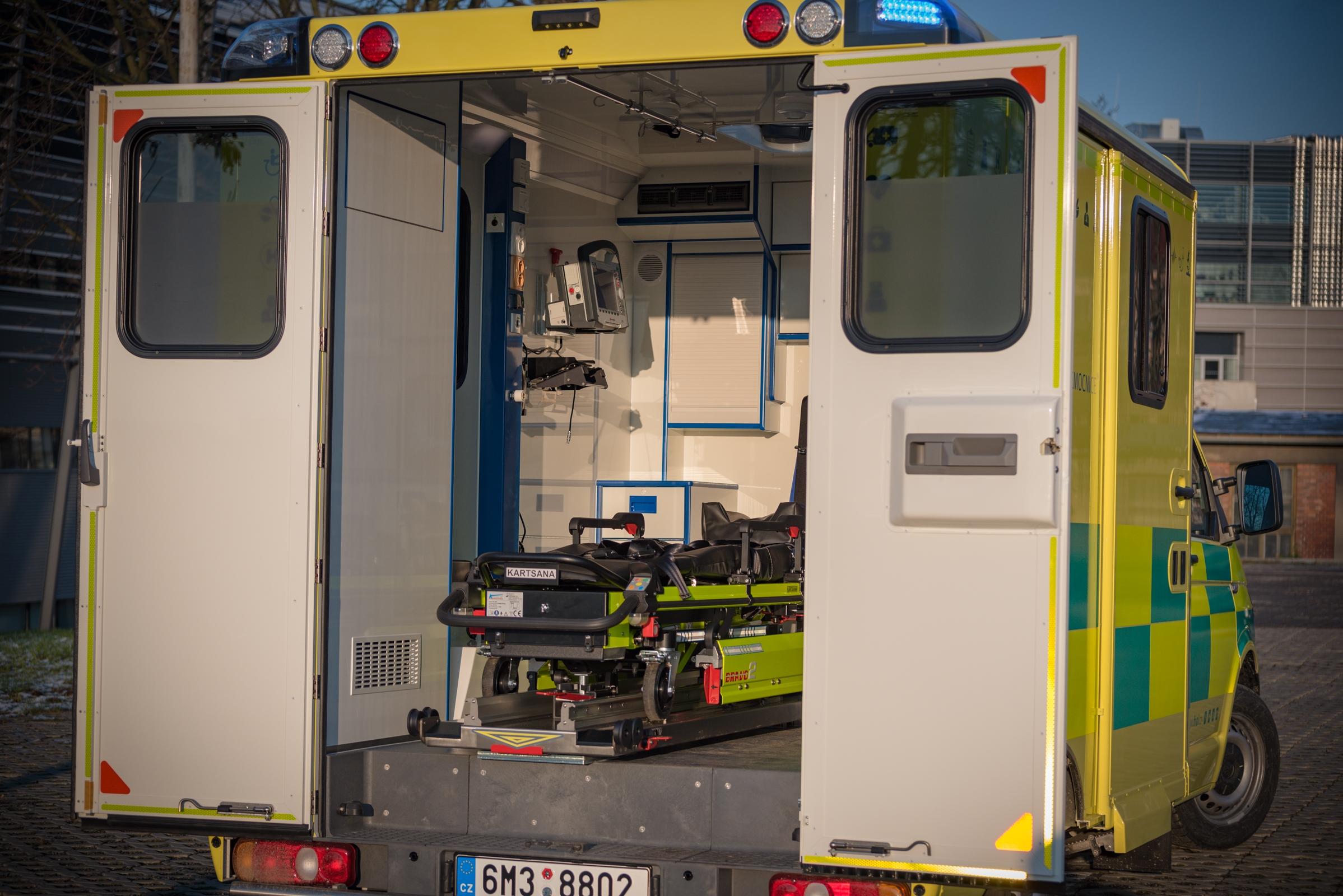 speciální sanitní vozidlo zdroj foto: FN Olomouc