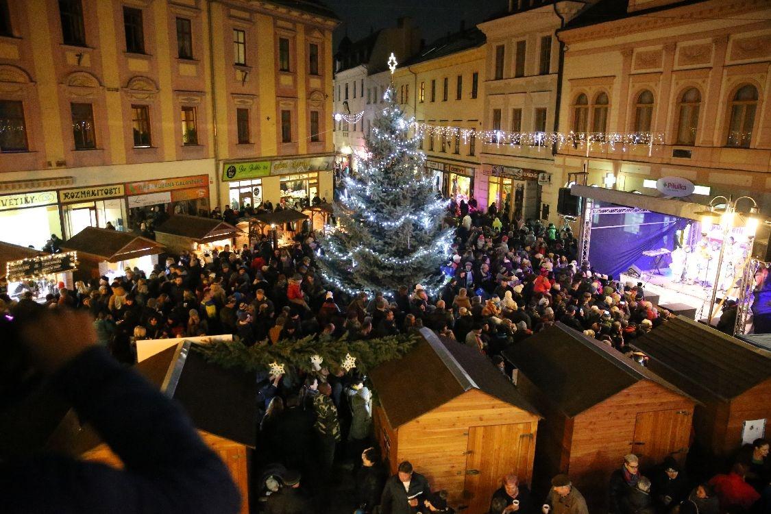 rozsvícení vánočního stromu foto: archiv šumpersko.net - M. Jeřábek