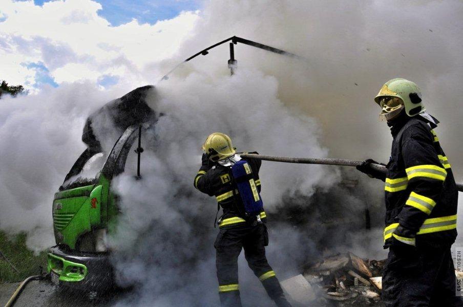 požáru na obchvatu Olomouce