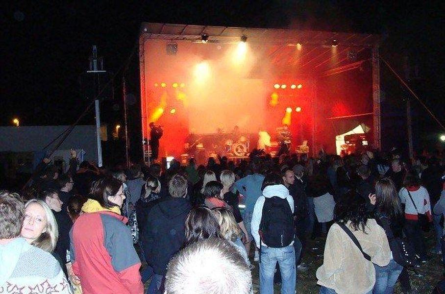 7 a půl fest 2012