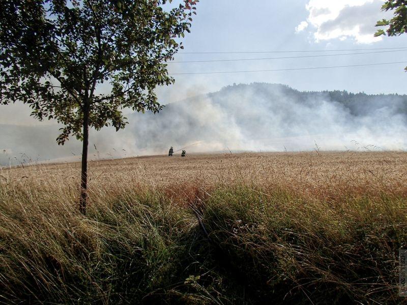 Požár pole v Šumperku - Temenice