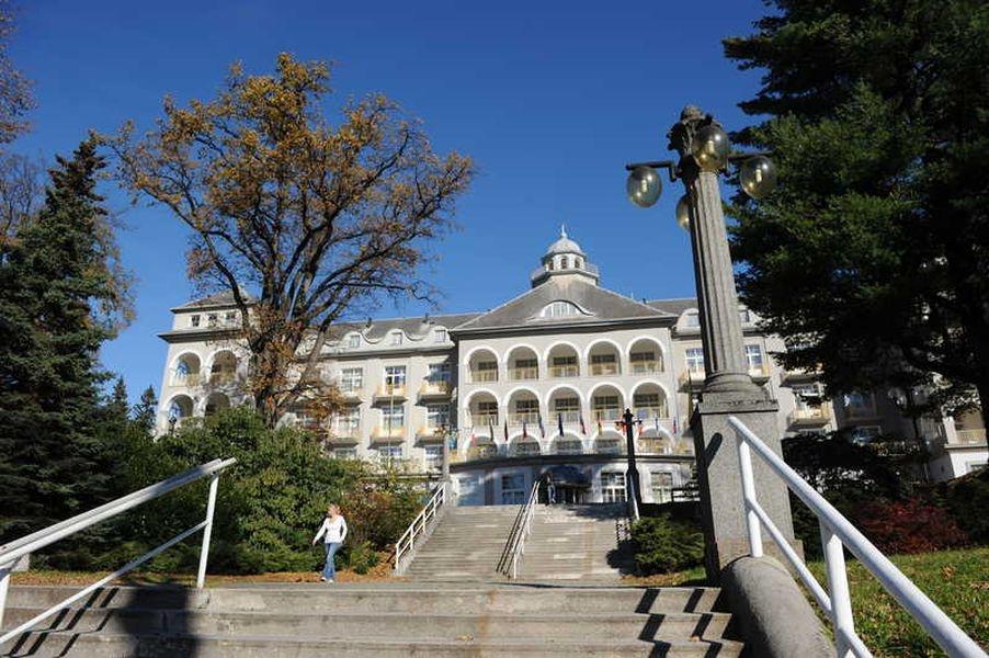 před sanatoriem Priessnitz bude křest