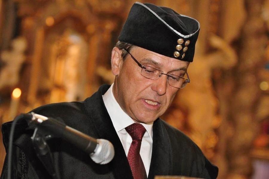 hejtman Jiří Rozbořil - předání bakalářských diplomů v Šumperku v roce 2013