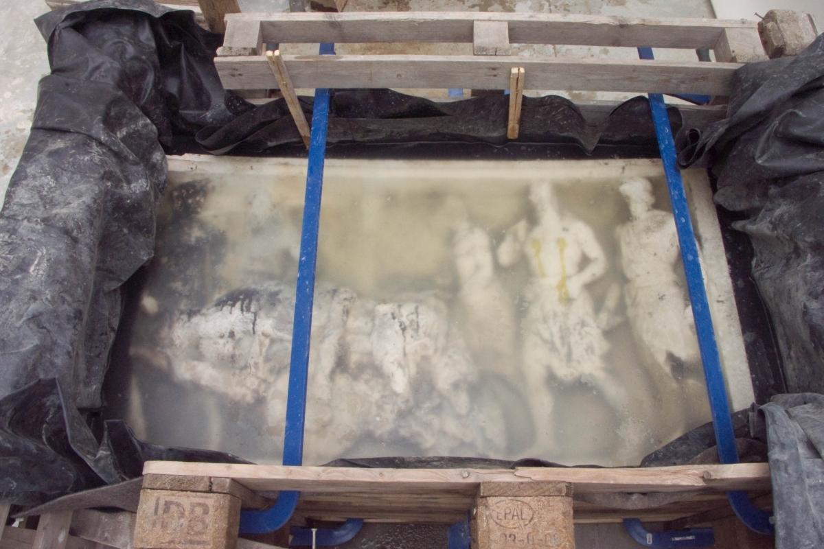 mramorová lavice -převoz do ateliéru