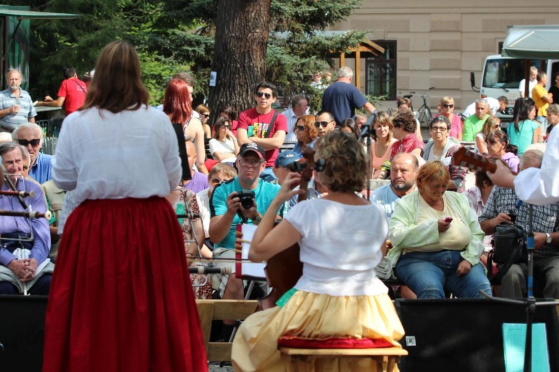 jedno z tradičních míst festivalu U sovy