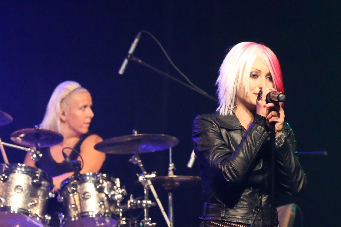 Revival Invaze 2014 - Pink Tribute