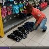 Celníci objevili v obchodním řetězci napodobeniny značkové obuvi