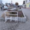 Od odhozené zápalky hořely rostliny na náměstí v Mohelnici