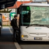 Veřejná doprava v kraji bude dál jezdit v prázdninovém režimu